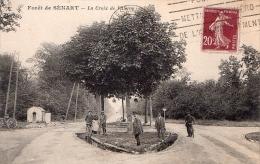 CPAFORET DE SENART--LA CROIX DE VILLEROY    TRES ANIMEE - France