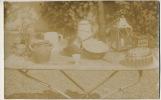Bric A Brac Antiquités Brocante Carte Photo Ecumoire Lanterne Moule Poterie Casserole Cuivre Coquetier - Foires