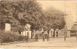 HASSELT  --  Caserne - Monument élevé à La Mémoire Des Soldats Du Régiment Tombés Au Champ D'Honneur - Cour Intérieure - Hasselt