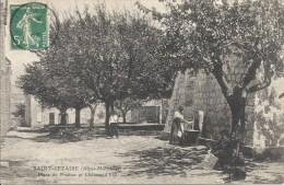 06 SAINT CEZAIRE FONTAINE PLACE DU PRADON CHÂTEAU D'EAU SUPERBE - France