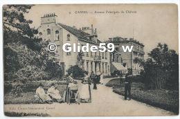 CASSEL - Avenue Principale Du Château (animée) (Ed. Cattoën-Vermeulen) - N° 9 - Cassel
