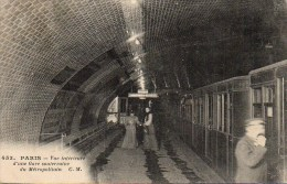 75 PARIS Métro . Vue Intérieure D'un Gare Souterraine Du Métropolitain - Métro Parisien, Gares