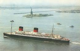 CPA-1958-PAQUEBOT-LIBERTE-a NEW YORK-a Coté De Le Statue De La Liberté-Carte Comite National De L Enfance- NeuveTBE - Steamers