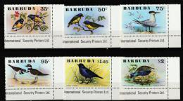BARBUDA   1976   **   MNH   BIRDS - Antigua Et Barbuda (1981-...)