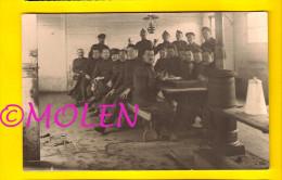 FOTOKAART CARTE PHOTO 1914-18 SOLDATEN IN DE EETZAAL – SOLDATS REFECTOIRE Refectory INFANTERIE Militaire Guerre WW1 2930 - Militaria