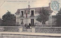 AUBERVILLIERS 93  - Poste De Police - CPA Colorisée - Seine St Denis - Aubervilliers
