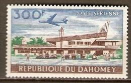 DAHOMEY.  Aéro .  1963.  Y&T N°26 *.   Avion /  Aéroport De Cotonou. - Bénin – Dahomey (1960-...)