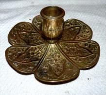 RARE SUPERBE ANCIEN BOUGEOIR ITALY BRONZE TOUT CISELÉ DÉCORE FEUILLES PROPRE BE - Bronzes