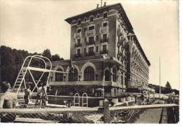 66 Font Romeu Vers Prades N°36586 Le Grand Hôtel Et Sa Piscine En 1959 Animée Plongeoir éditons SL - Prades