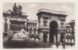 Italy - Milano - Photo 90x60mm - Lieux