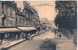 4509. Quimper Avenue De La Gare - Les Hôtels CPA Animée écrite En 1938 - Quimper