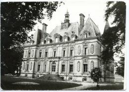 Sipian - Valeyrac Colonie De Vacances Du C. E. Entreprise Electronique Marcel Dassault - Le Château - Other Municipalities