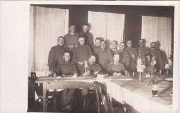 AK Foto 1918 OLDENBURGER HOF - Soldaten Im Casino (A113, Ww1, Wk 1) - Jever