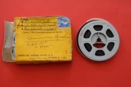 Bobine Cin� kodak pour  appareil de  8mm  12 aout 1957  communion de Nicole au Pradet dans le var