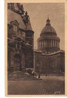 PARIS ... EN FLANANT. Entrée Latérale De L'Eglise St Etienne - France