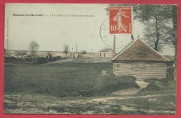 45- Beaune-la-Rolande - La Fontaine Et Le Monument Bazille - 1912  ( Voir Verso ) - Otros Municipios