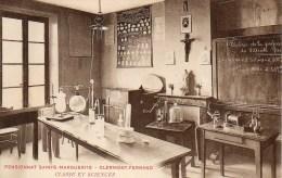 63   CLERMONT-FERRAND  Pensionnat Sainte-Marguerite  Classe Et Sciences - Clermont Ferrand