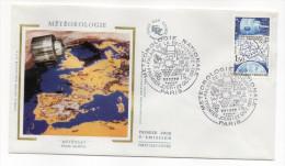 """1983--enveloppe 1er Jour-FDC""""Soie""""--Météorologie--satellite """"Météosat""""--cachet  PARIS--75 - FDC"""