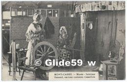 MONT-CASSEL - Musée - Intérieur Flamand, Anciens Costumes Cassellois - Cassel