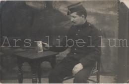 Homme En Uniforme / Man In Uniform / Militaria / Soldat / Soldaat - Guerra, Militares