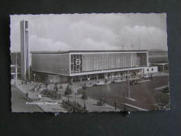 O N° 124  /  Nehterlands - Pays-Bas -  Noord-Brabant,   Eindhoven  Stationsplein / Circulé 1964 - Eindhoven