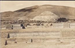 C P A-CARTE-PHOTO---PIRAMIDES DEL SOL Y DE LA LUNA--TEOTIHUACAN---voir 2 Scans - Mexique