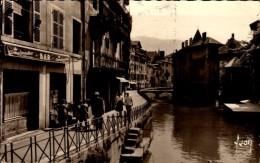 74-ANNECY..PALAIS DE L'ISLE .....CPSM PETIT FORMAT ANIMEE - Annecy-le-Vieux