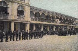 EQUATEUR - Guayaquil Relevo De Guardia En La Policia - Ecuador