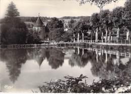 CHAUFFAILLES 71 - L´Etang Et Ses Reflets - CPSM Dentelée Noir Blanc Grand Format  - Saône Et Loire - France