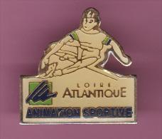 46204-Pin's .Loire Atlantique.Surf... - Ski Nautique