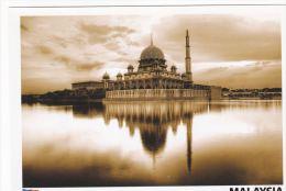 Malaysia 2010 Postcard  Putra Mosque Putrajaya Evening - Malaysia