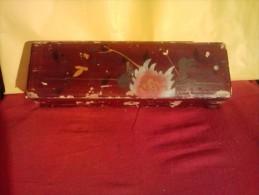 § SPLENDIDE § GRANDE BOITE ASIATIQUE EN BOIS LAQUEE TRES BEAU MOTIF FLEURS - Art Asiatique
