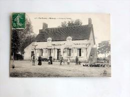 Carte Postale Ancienne : En BERRY, BRINAY : Ferme Du Tonkin, Animé - France