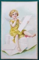 LITHO Chromo Relief Illustrateur 542 Clapsaddle ? Bel Ange Blond Crayon Assis Sur Enveloppe Voyagé 1906 Dos Simple - Anges