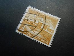 Berlin (West)  Mi112 - 4Pf - Berliner Bauten  1953 - Used Stamps