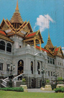 BANGKOK - The Royal Grand Palace, Chakri Maha-Prasad Hall, Gel.1960?, 8 Baht Marke, Rollenstempel, Kleinformatkarte - Thaïland