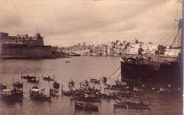 LA VALLETTA MALTA CARTOLINA FOTOGRAFICA VISTA DAL PORTO ANNO 1930/40 - Malte