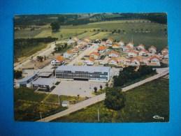 """Cpm  CHATENOIS  -  88  -  C.E.G  """" Les Curtilles """"   -  Vosges - Chatenois"""