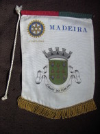 FANION/BANDEIRA:   MADEIRA.    PORTUGAL.  -   ROTARY  INTERNATIONAL. - Organisations