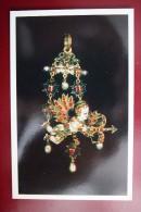Golden Pendant  - OLD USSR Postcard -1982 - ARCHERY - Archer - Amour - Pearl - Tir à L'Arc