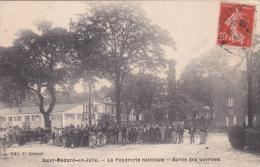 CPA Animée (33)  SAINT MEDARD EN JALLE La Poudrerie Nationale Sortie Des Ouvriers - Otros Municipios