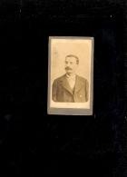 Photographie Mini CDV  3x6cm Homme Moustache / Tampon FJ Au Dos - Persone Identificate