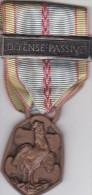 MEDAILLES  COMMEMORATIVE CAMPAGNE DE FRANCE 1939  1945 DEFENSE PASSIVE - France