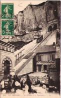 LE TREPORT - La Terrasse Et Le Funiculaire - Le Treport