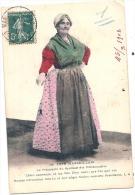 MARSEILLE - TYPE MARSEILLAIS - Ancien Costume Provençal - Présidente Du Syndicat Des Poissonières  TB Trace Scotch Dos - Marseille