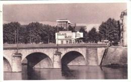 42 - Roanne -  Le Relais Bleu - Syndicat D Initiative - Ravitaillement Carburants Et Huiles - Roanne