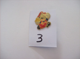 PIN´S - SEGA   Sonic - Super Mario      -   Voir Photo ( 3 ) - Spelletjes