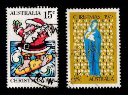 Australia 1977 Christmas Set Of 2 Used - Used Stamps