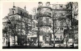 75007 - PARIS - 270-272 Boulevard Saint Germain (cpsm 9x14) - Ecrite Par La Baronne De Foucaucourt à Mme De Mimont - Arrondissement: 07