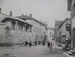 CPA Pierreclos Le Bourg Grande Rue - Autres Communes
